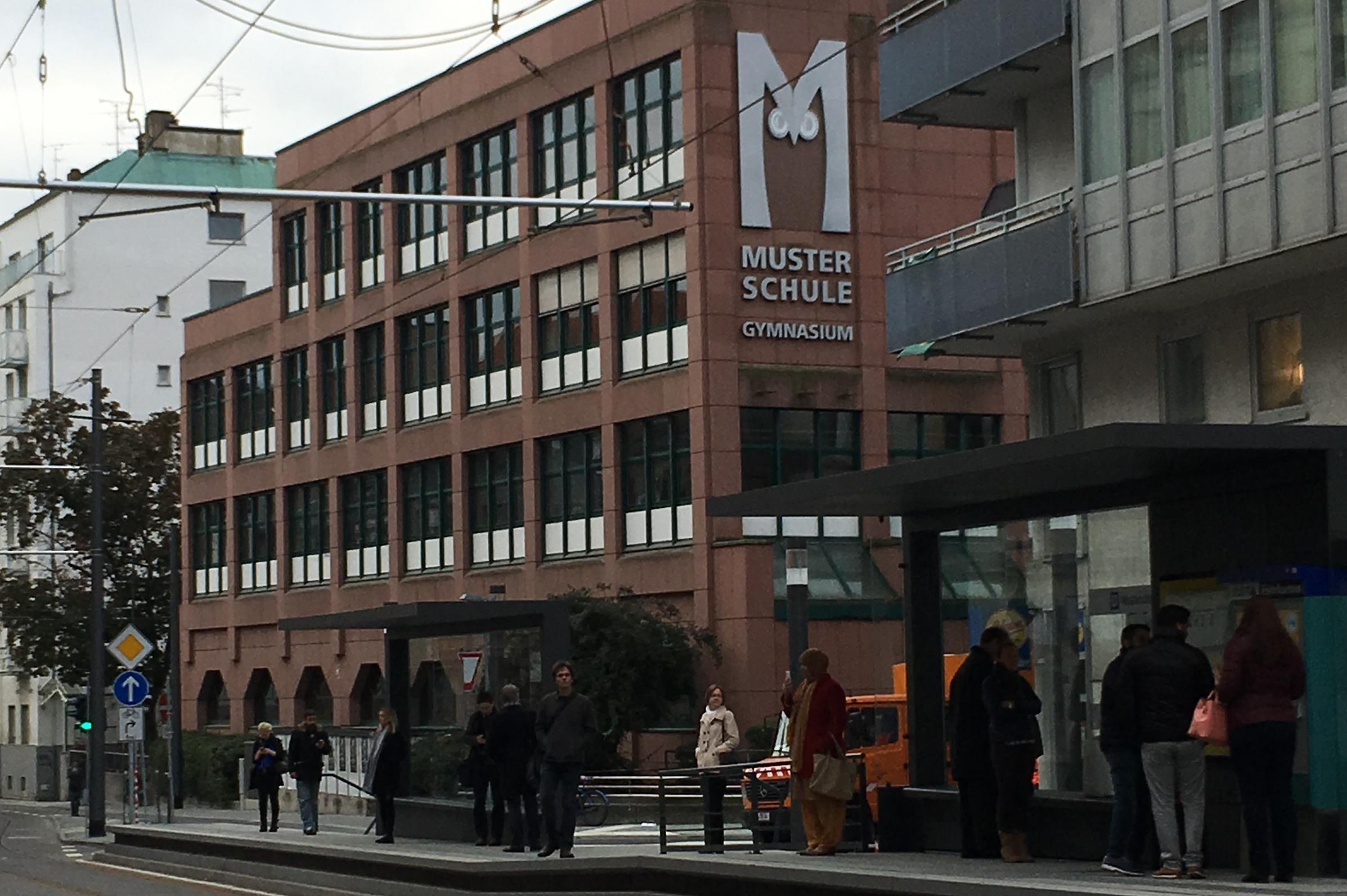 Die Musterschule an der Ecke Eckenheimer Landstraße/ Oberweg seit 2017